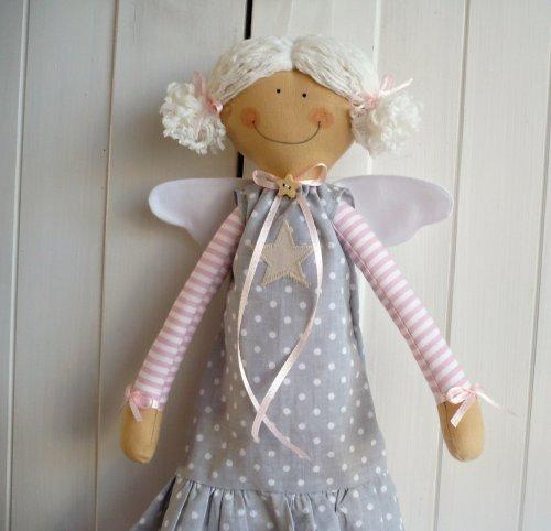 Ručně šitá Andělka velká (1)